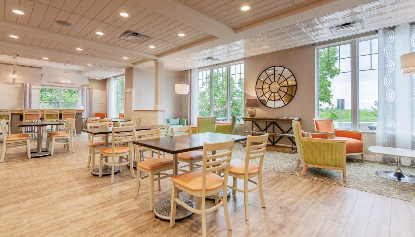 Hampton Inn Interiors