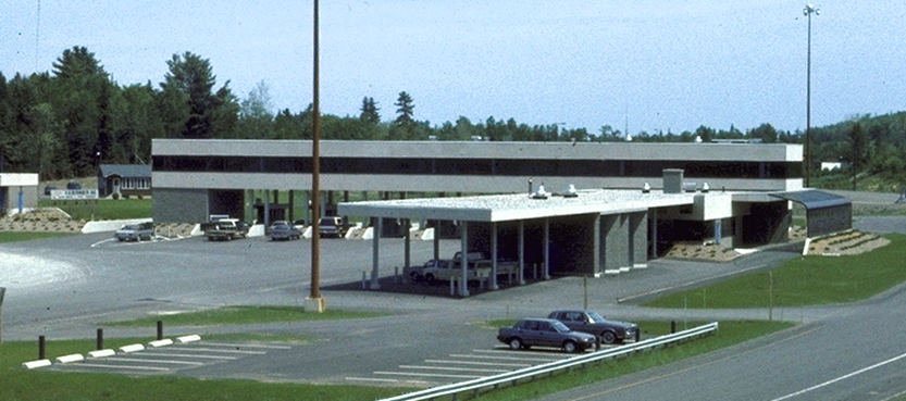 Exterior of the Houlton-Woodstock Border Crossing